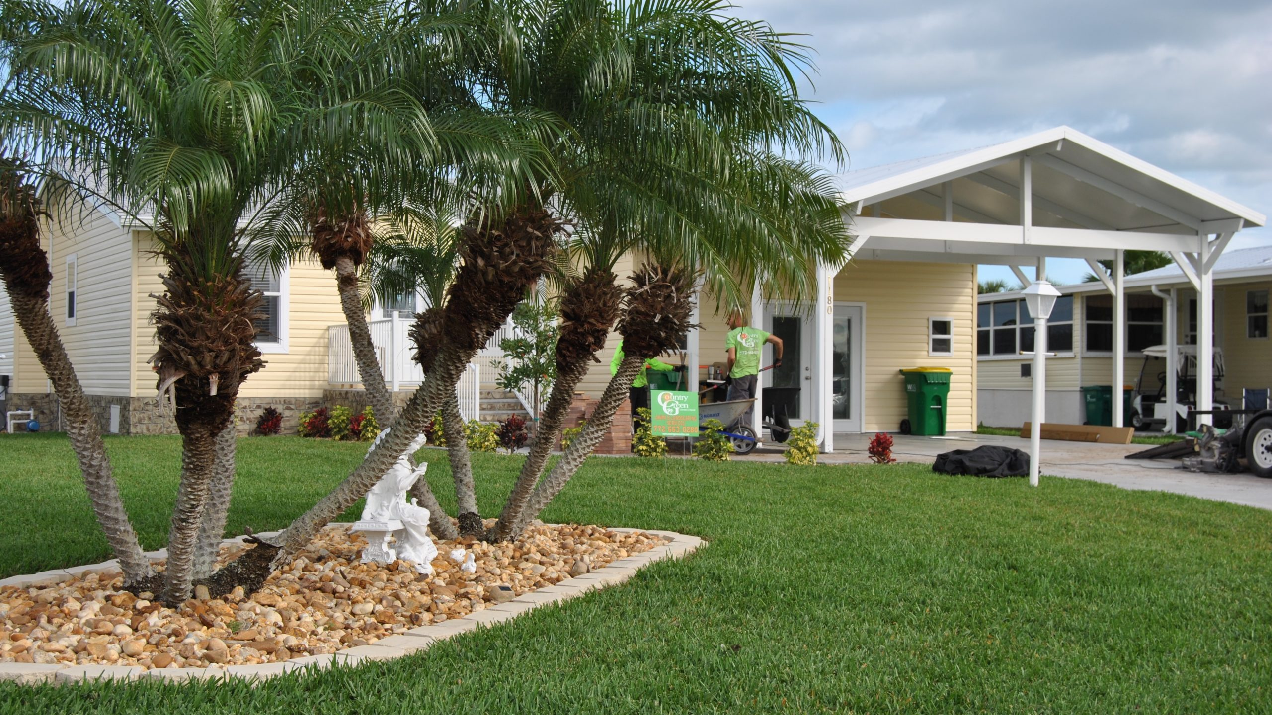 Country Green Landscaping & Lawn Service - sod, rock, mulch, shrubs, flowers, trees